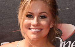 Shawn Johnson first appeared in the limelight as the 16-year-old gymnast who grabbed the gold medal in the Olympics 2008 for balance beam.