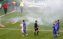 Euro 2016 Group D: Czech Republic 2-2 Croatia; Match Suspended As Croatian Fans Threw Fireworks On The Pitch, Hits Stewards Face