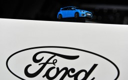 Ford will release autonomous cars in 2021 with no brake or steering wheels