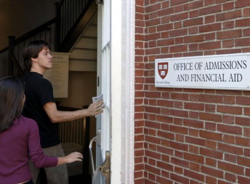 College Admission 101: 5 Strategies For Parents To Survive  The Admission Process