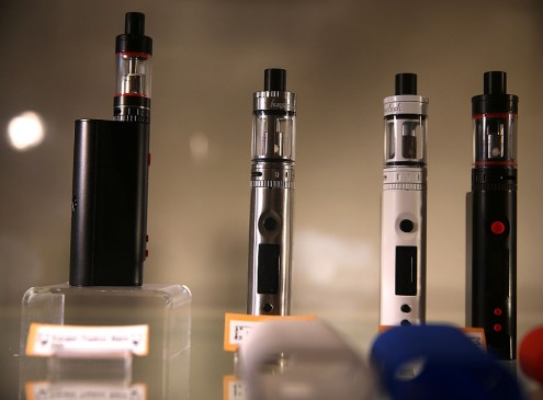 E-cigarette Use Among College Students Is linked To Depression, Study Finds