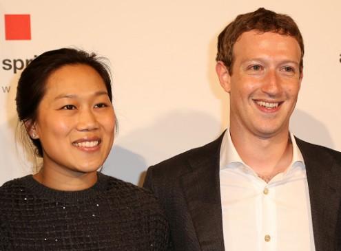 Harvard Chooses Mark Zuckerberg As 2017 Harvard Commencement Exercises Speaker [Video]