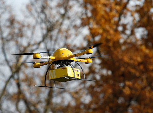 [Watch] Amazon Drone Performs First Ever US Delivery