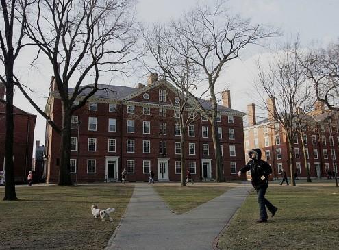 Harvard University Students Create Anti-Trump 'Resistance School'