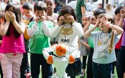 USC Annual Robotics Openhouse Hosts the Coolest Children Field Trip