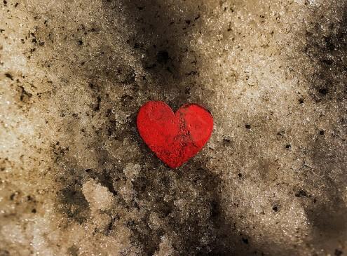 The Placebo Effect Can Help Fix A Broken Heart, CU Boulder Study Reveals [Video]