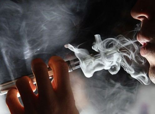 Physicians Divided On Use Of E-Cigarettes As Smoking Cessation Aid, Yale-Led Study Finds [VIDEO]