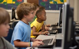 students computer learning