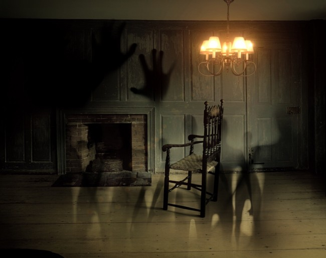 USA's Scariest Haunted House will Pay $20,000: First Step is to Sign a 40-page Waiver