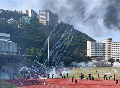 American Universities Help Students Flee Hong Kong for Safety or Fly Home Amidst Protests