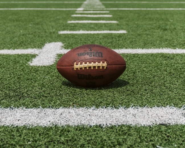 7 Football Training Tips To Enhance Your Game