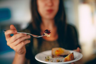How to Be More Mindful When You Eat