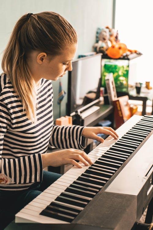 Best Piano Lessons in Miami