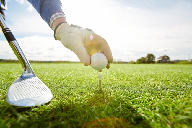Five Ways A Golf Course Can Help Your Career