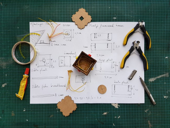 The Dynamic Benefits of Rapid Prototyping