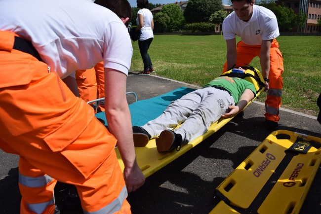 How to become an Emergency Medical Technician