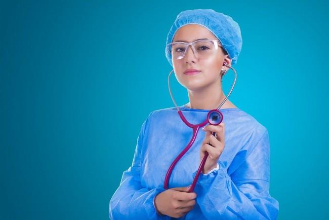 Medical Assistant vs CNA