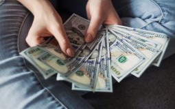 Title Loans vs. Payday Loans: Which one is Better?