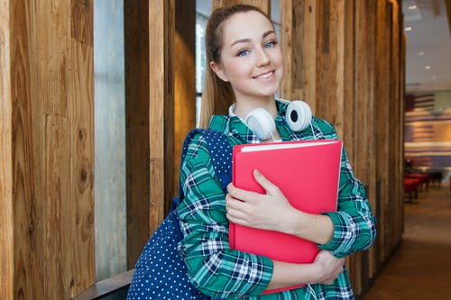Top Benefits of Going to a Trade School vs a Traditional 4-Year University