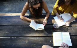 8 Great Part Time Jobs for College Students